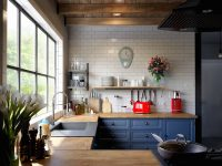 Blue-kitchen-clock