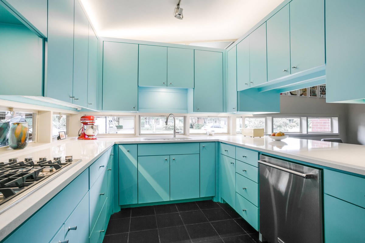 Blue-u-shaped-kitchen