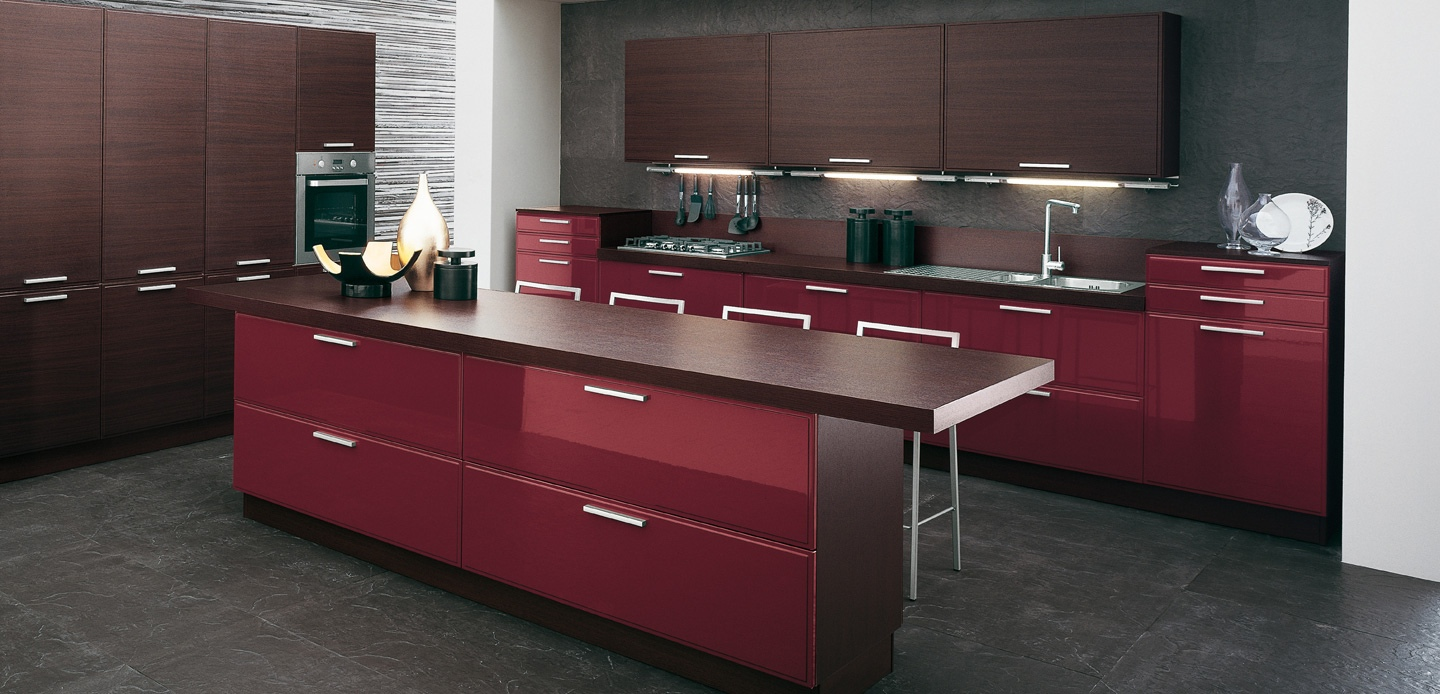 Burgundy-brown-kitchen