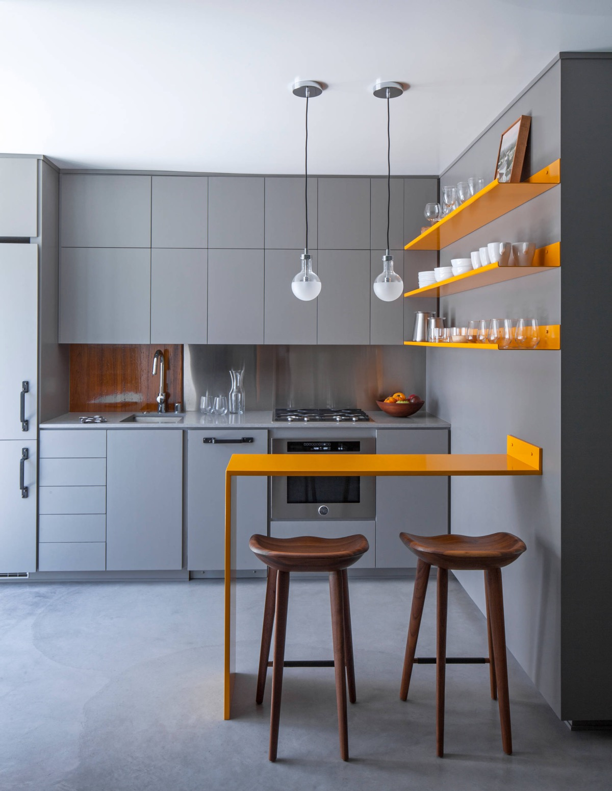 Grey-and-yellow-small-kitchen-layout-ideas