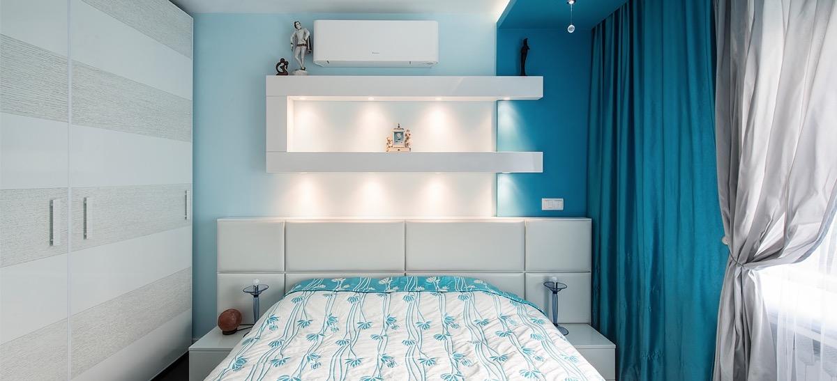 LED-lighting-stripes-blue-and-white-bedroom-ideas