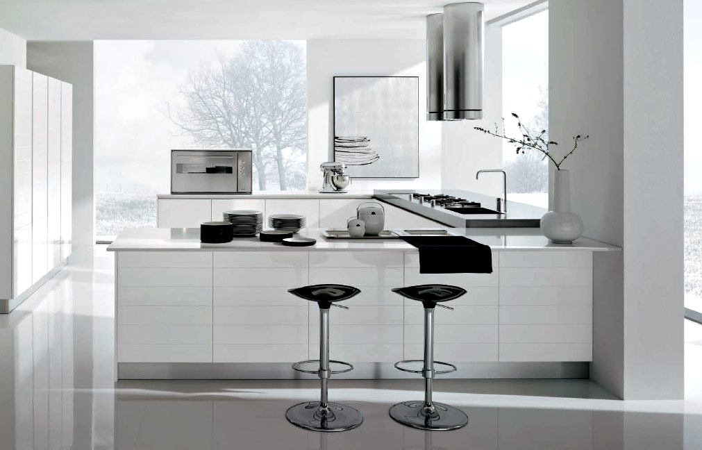 Modern-white-and-chrome-kitchen-1
