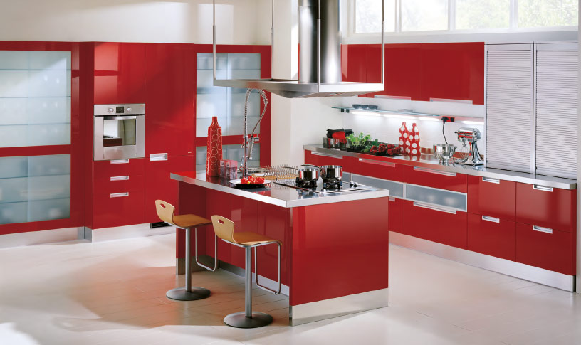 Red-Kitchen-cabinets-and-island