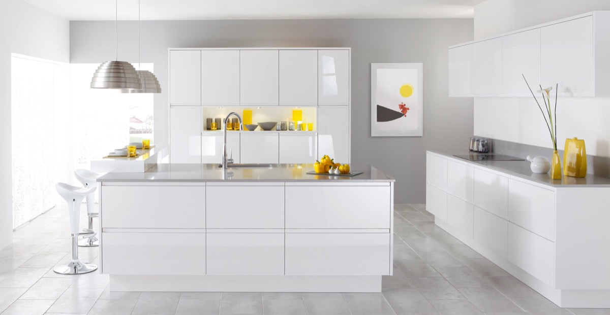White-Grey-Kitchennnnn