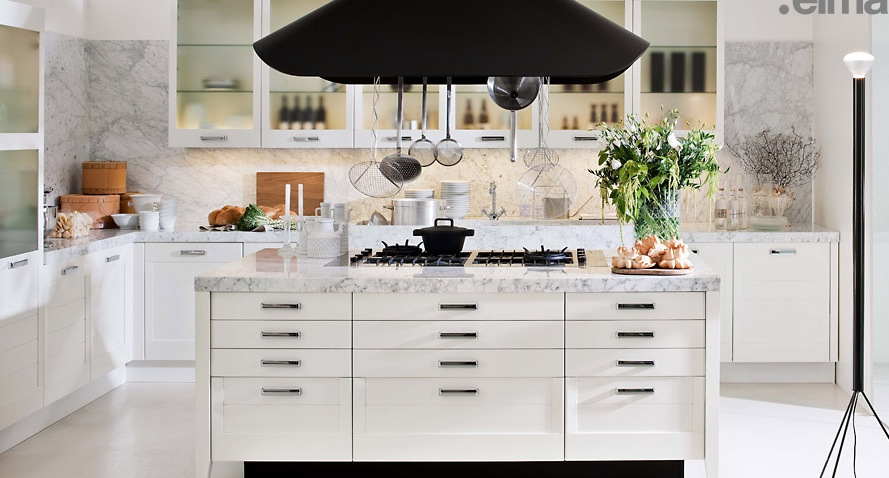 White-and-Marble-Complementing