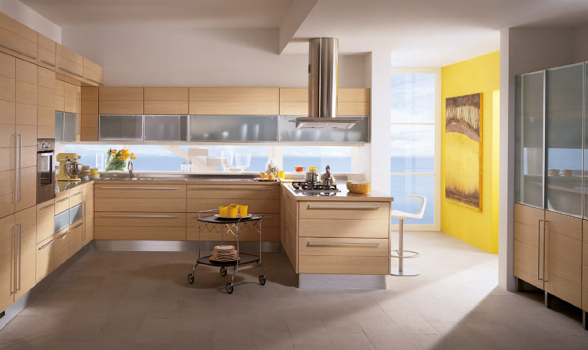 Yellow-Accent-Wall-kitchen-area