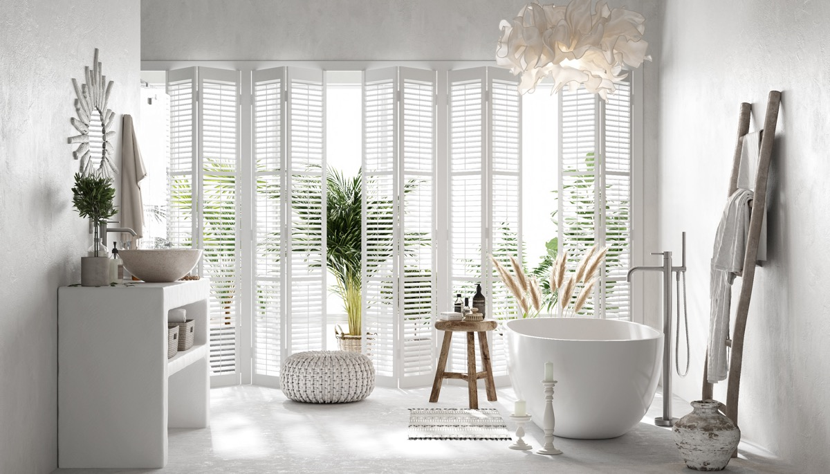 bathroom-window-shutters