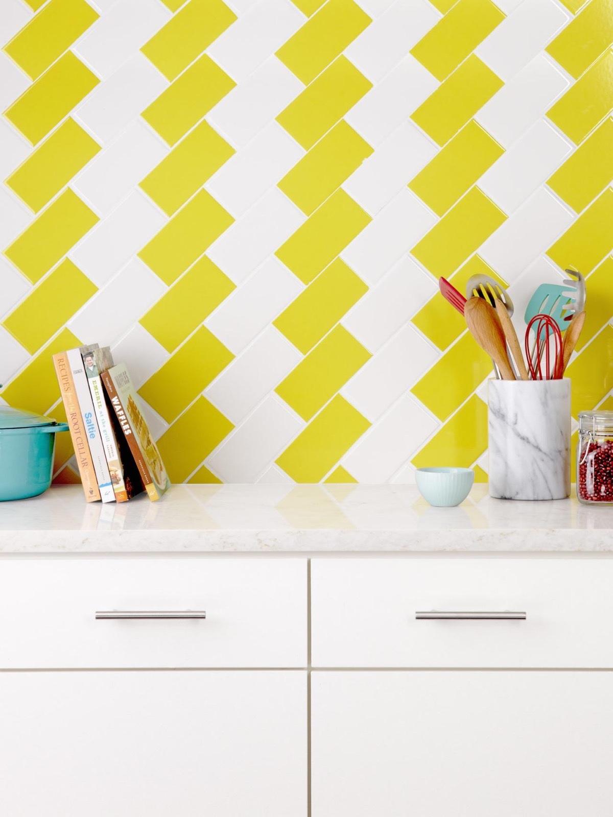 creative-yellow-kitchen-tiles