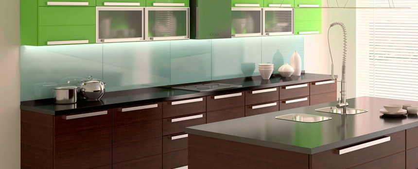 glass-paneled-backsplash