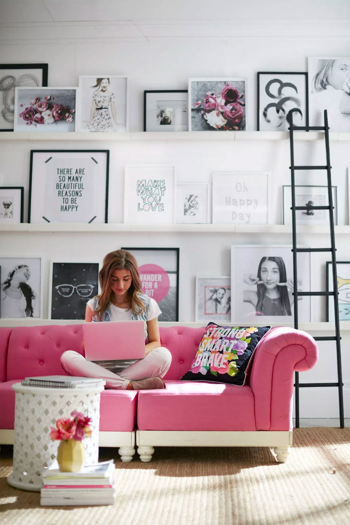 hot-pink-living-room-furniture - Awesome Decors