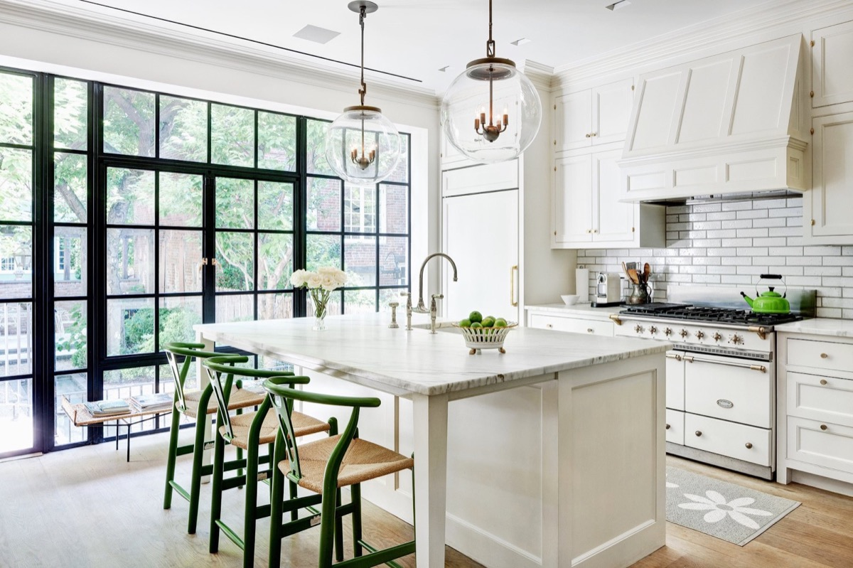 kitchen-island-stools-with-backs-and-arms