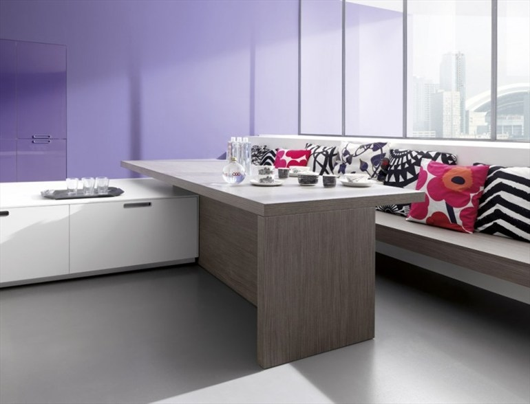 lilac-accent-wall