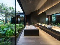 luxury-bathroom-2