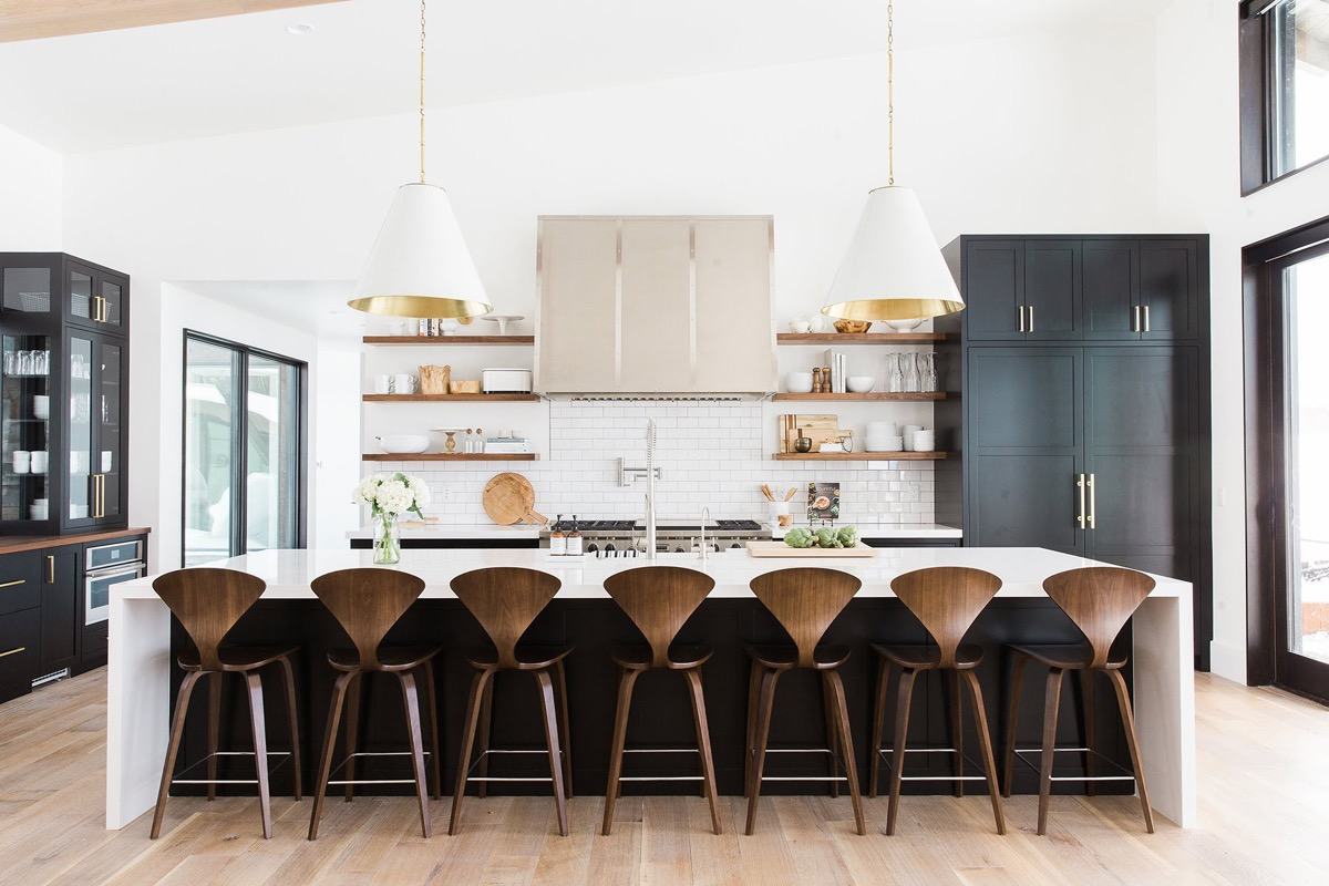 luxury-kitchen-counter-stools