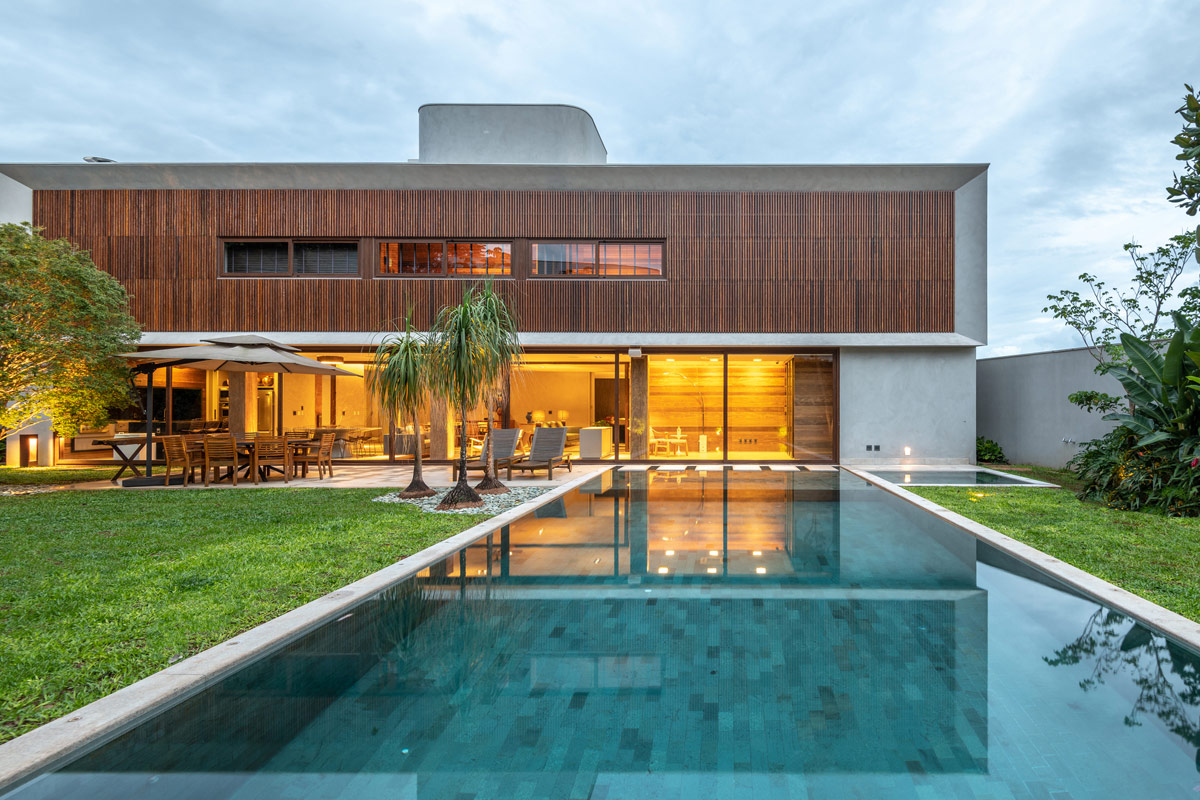 modern-home-exterior-1-3
