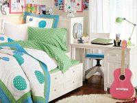 music-lovers-dorm-room