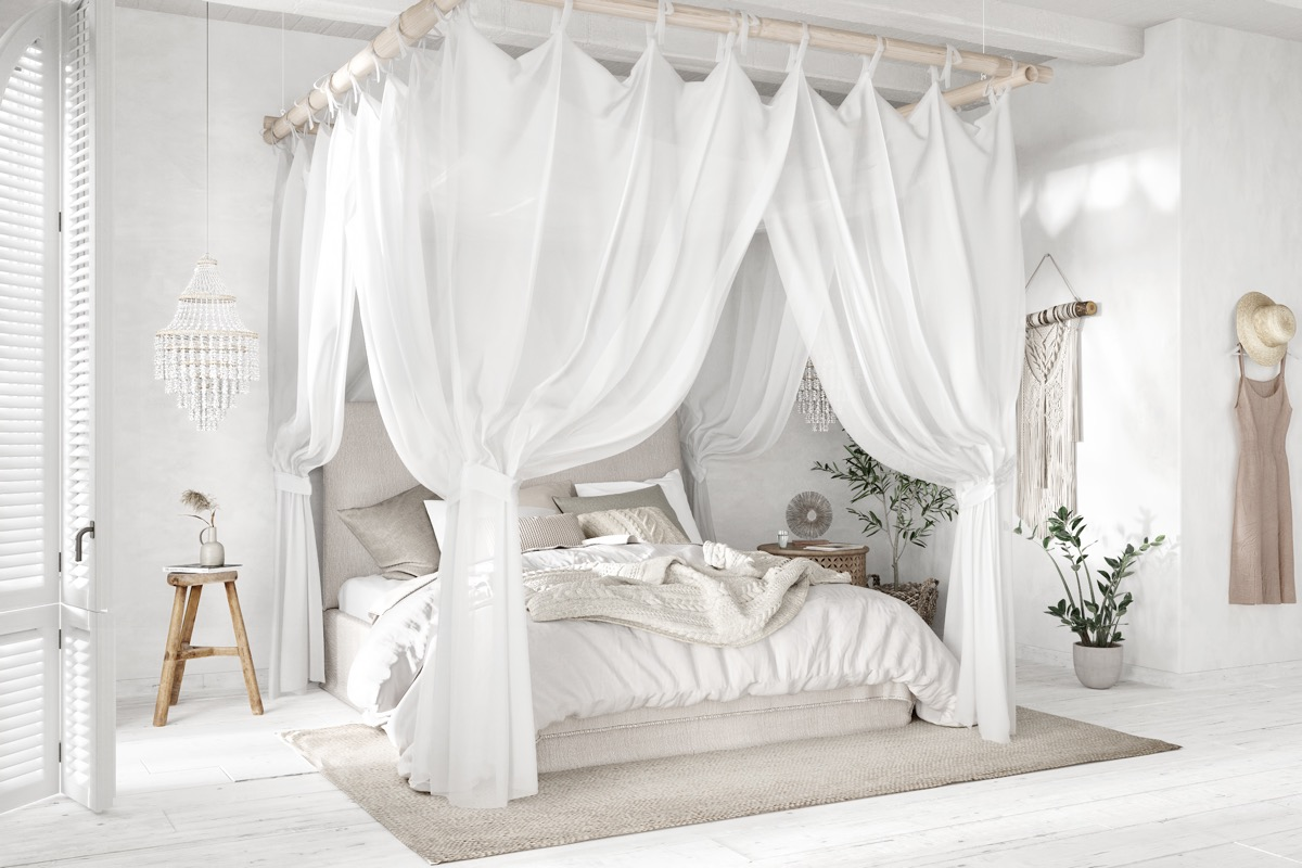 rustic-four-poster-bed