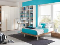 shocking-turquoise-blue-accent-wall-bedroom