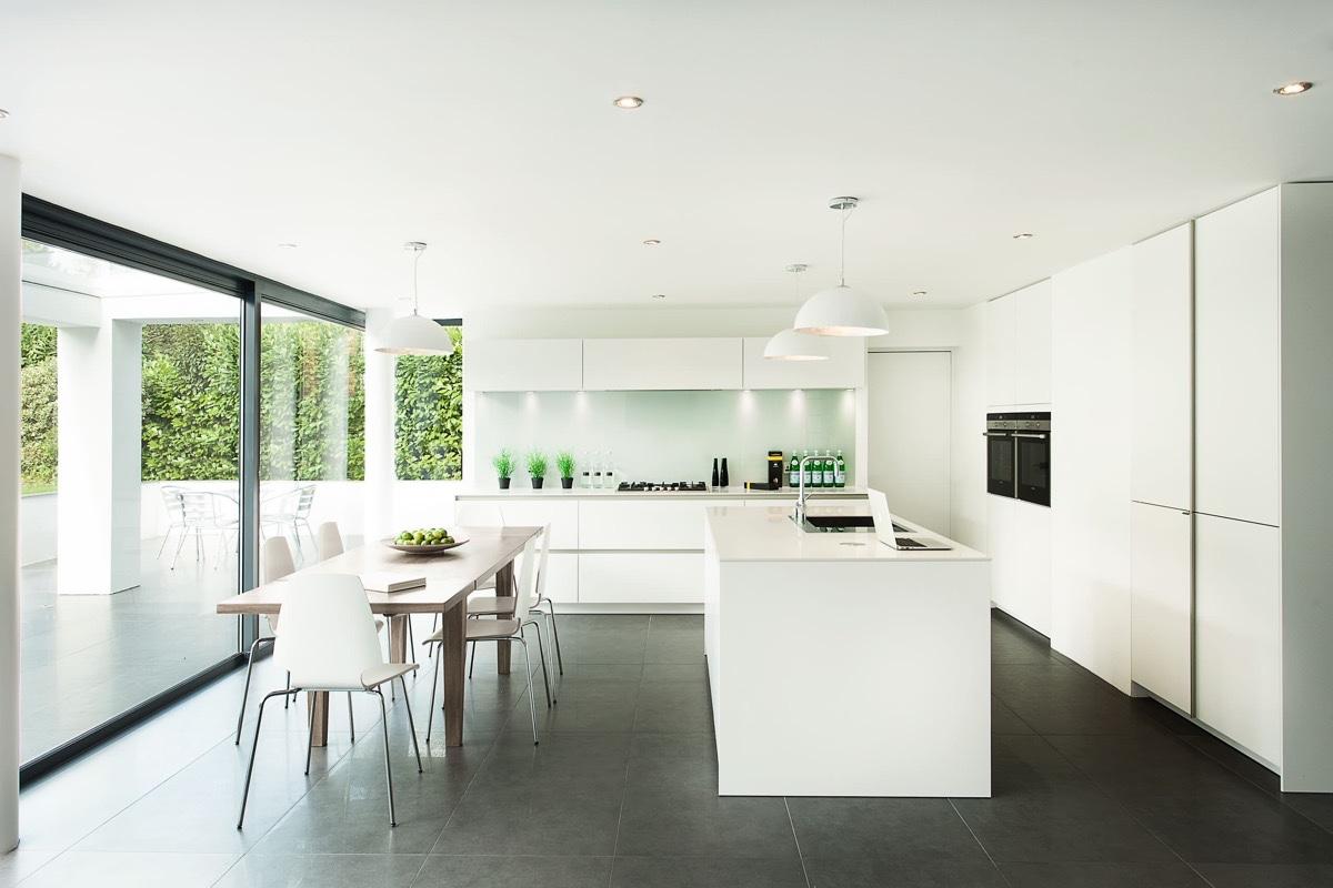 skygarden-lamp-in-white-kitchen