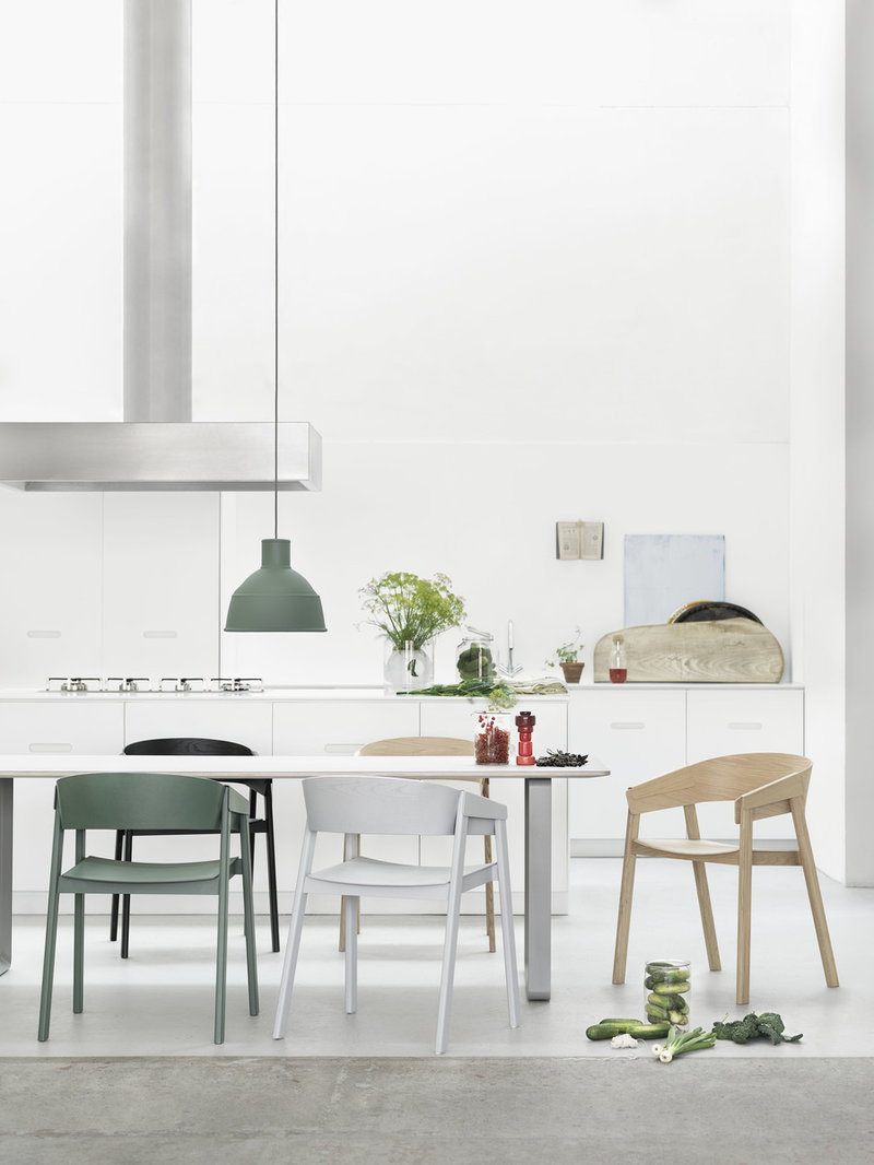 Modern-Scandinavian-Kitchen-Chair-Solid-Wood-Low-Back-Curved