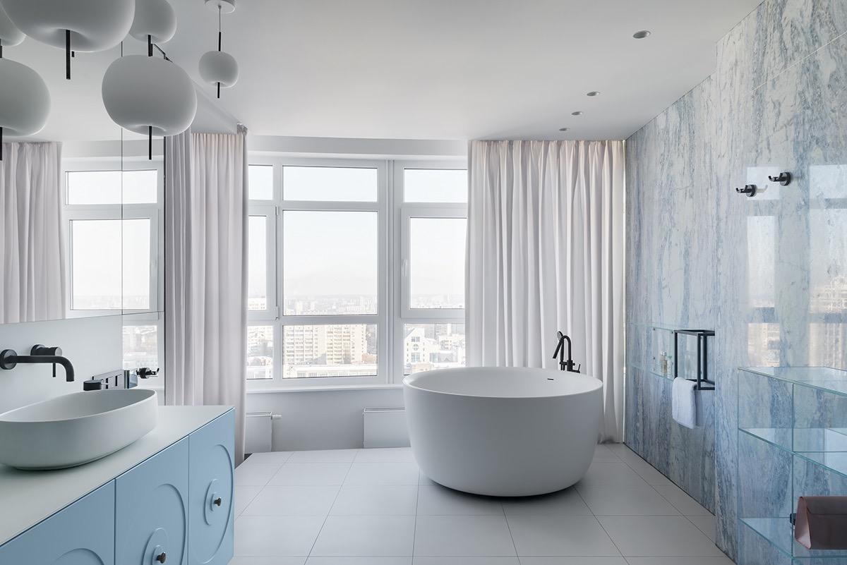 blue-and-white-bathroom-decor