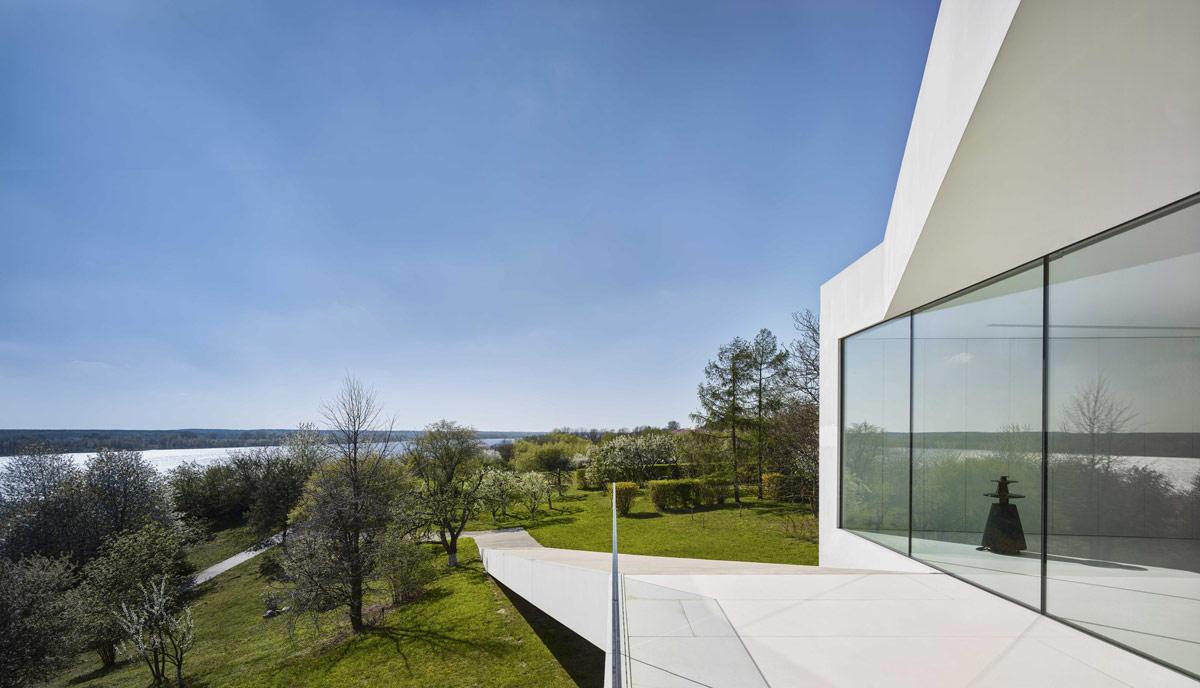 concrete-balcony