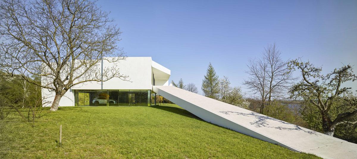 concrete-home-exterior