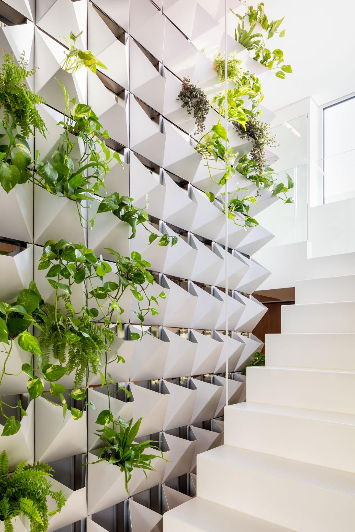 indoor-wall-planters