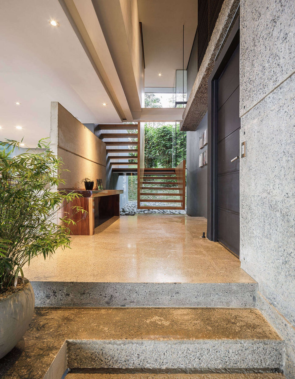 open-riser-staircase-design