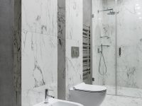 white-marble-bathroom