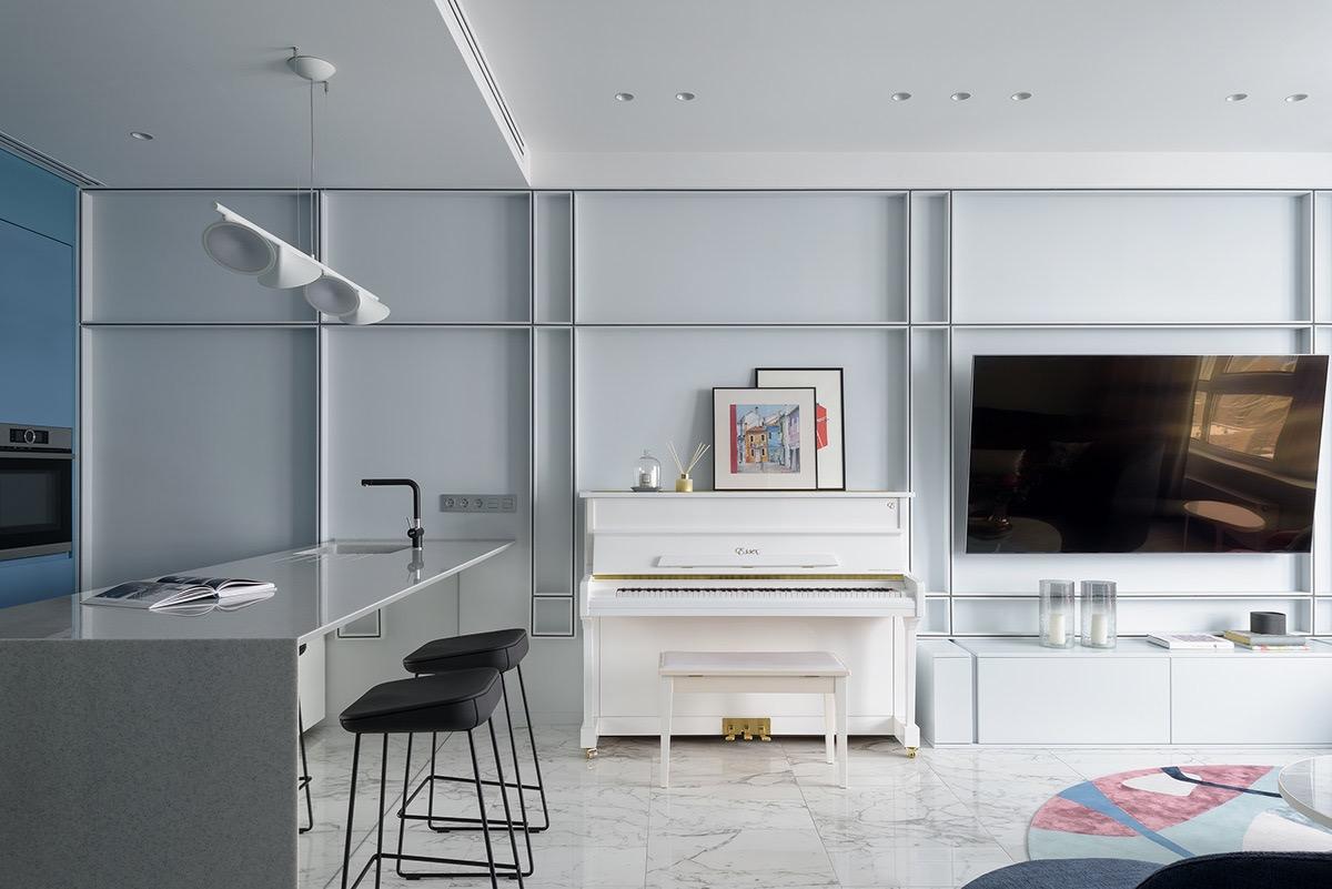 white-piano