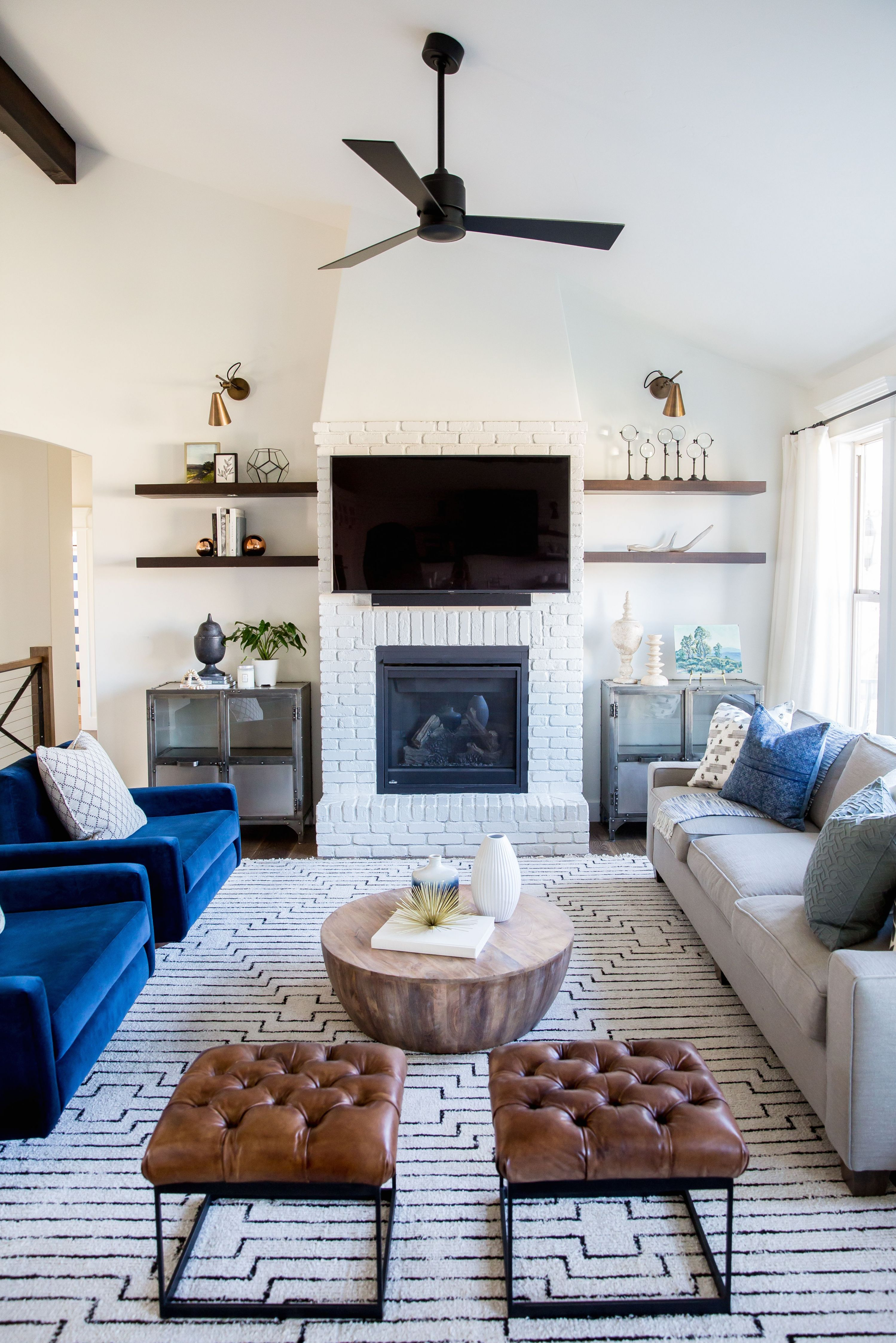 20+ Living Room With Fireplace That Will Warm You All Winter | Dream with Small Living Room Furniture