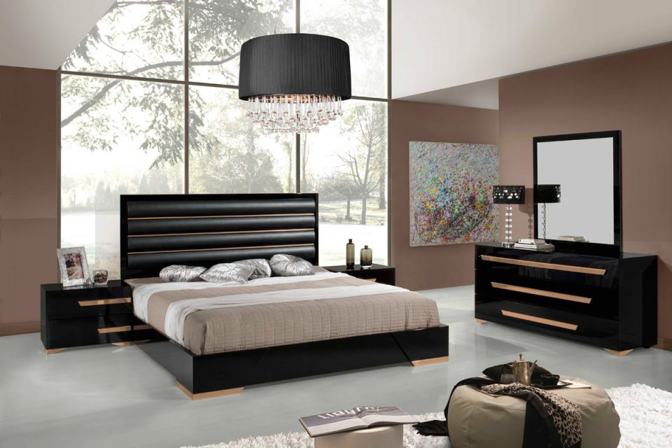 Vig Furniture 5Pc Queen Bedroom Set #vgacromeo | Hot Sectionals within Awesome Italian Modern Bedroom Furniture