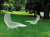Bertoia-Asymmetric-Chaise-Lounge-With-Wire-Frame-White-Outdoor-Furniture-Modern-Unique