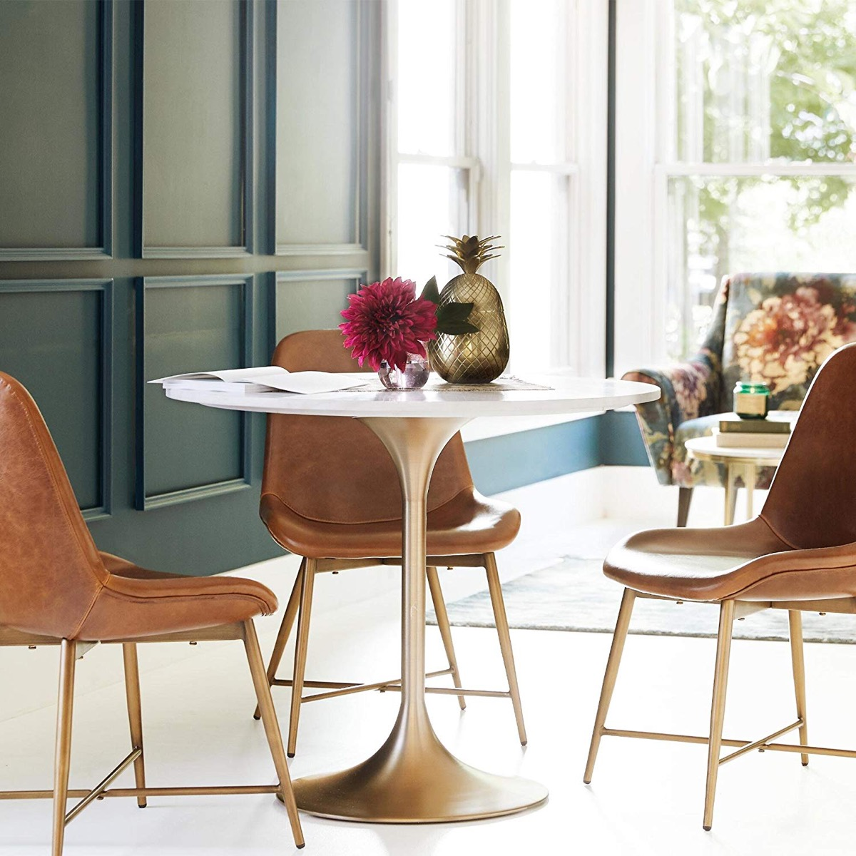 Mid-Century-Modern-Style-Round-Dining-Table-With-Marble-Top-Gold-Base