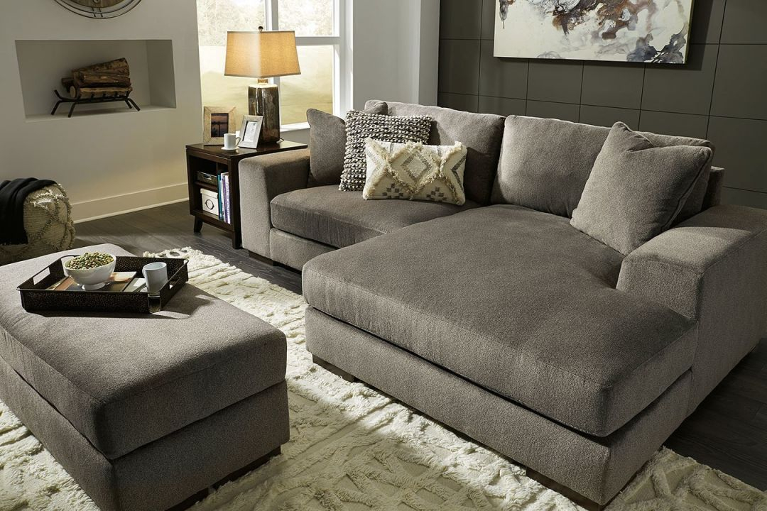 Manzani Graphite Sectional Living Room Set in Living Room Sets