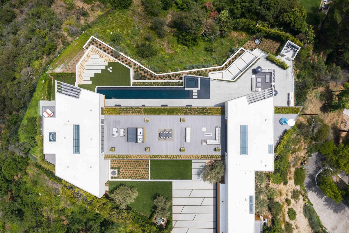 modern-home-birdseye-view