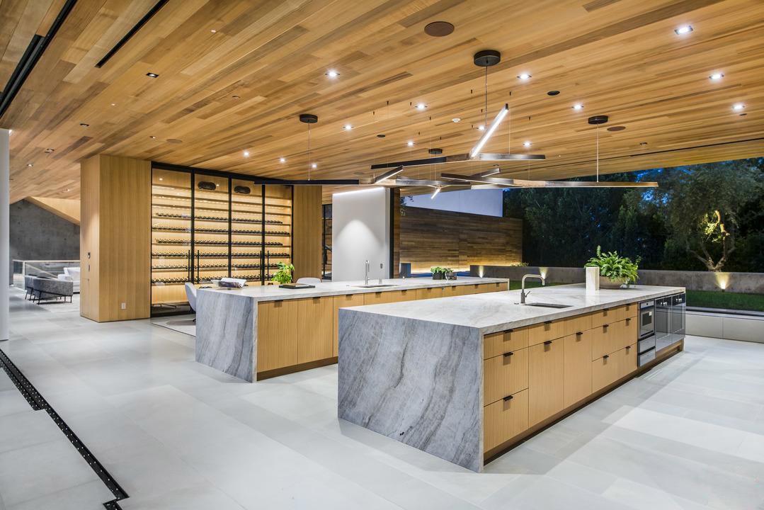 modern-wood-ceiling-treatment