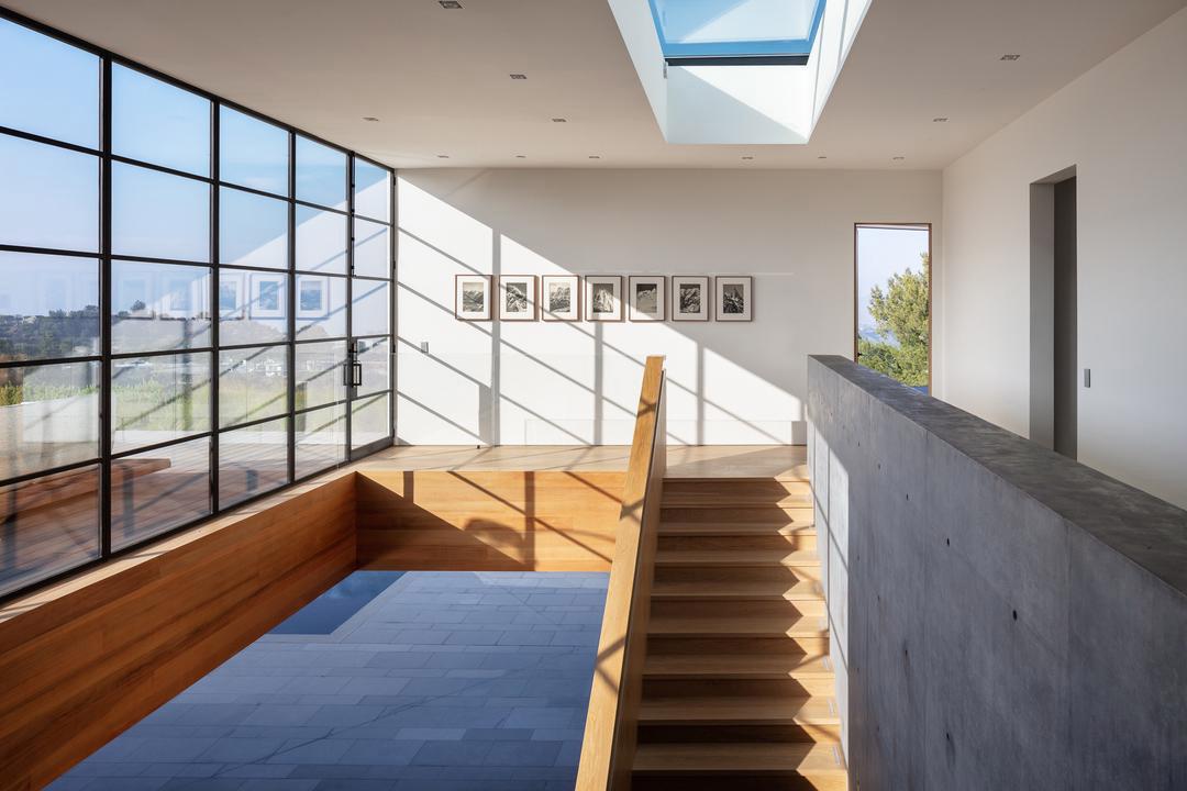 panoramic-glass-wall