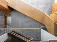 wood-and-glass-staircase-design