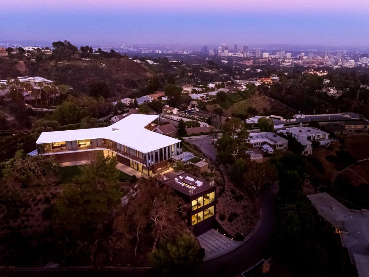 LA-mansion-1