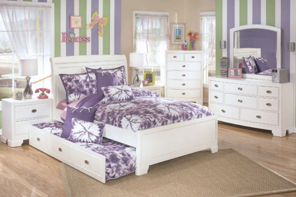 Alyn Dresser, Mirror, Chest & Full Size Trundle Bed intended for Full Size Bed With Trundle Bedroom Set