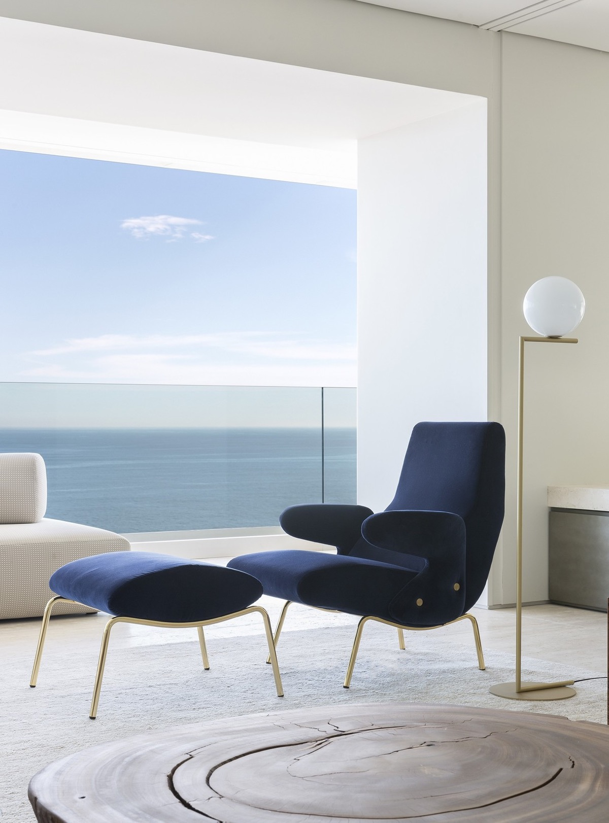 blue-accent-chair
