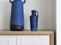 blue-decorative-vases