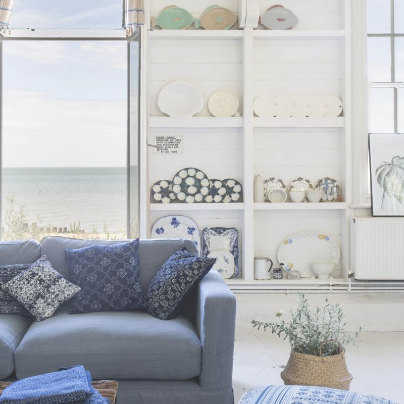Coastal Living Rooms To Recreate Carefree Beach Days with Inspirational Coastal Living Room Furniture