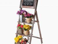 cute-rustic-ladder-shelf-with-chalkboard