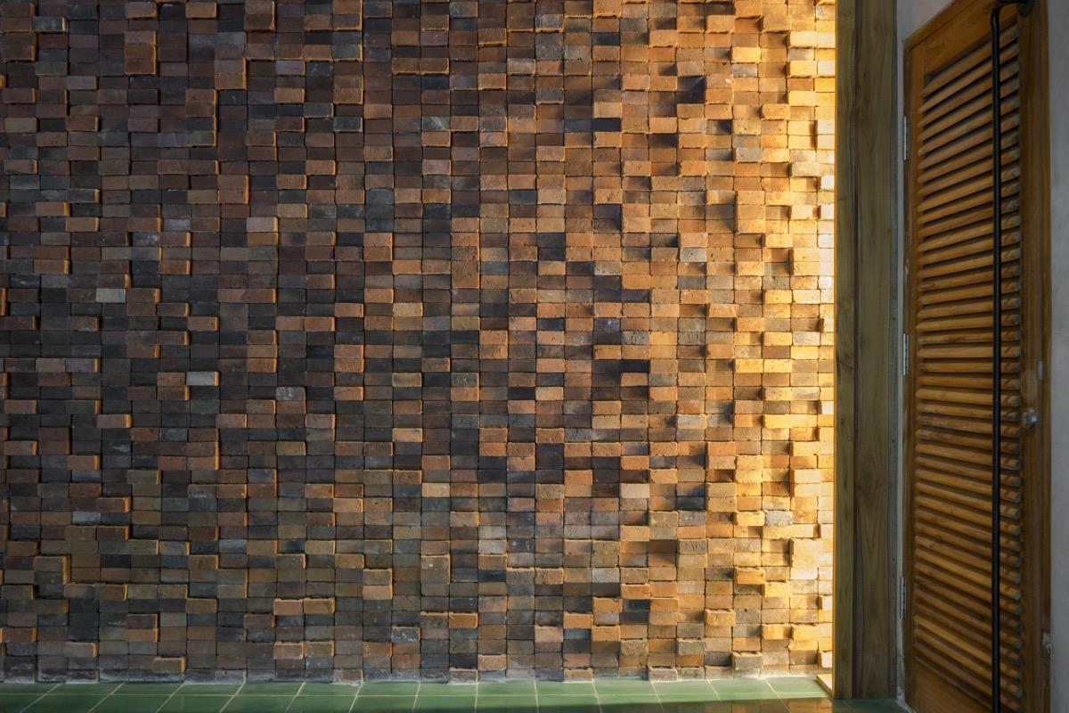 exposed-brick-wall