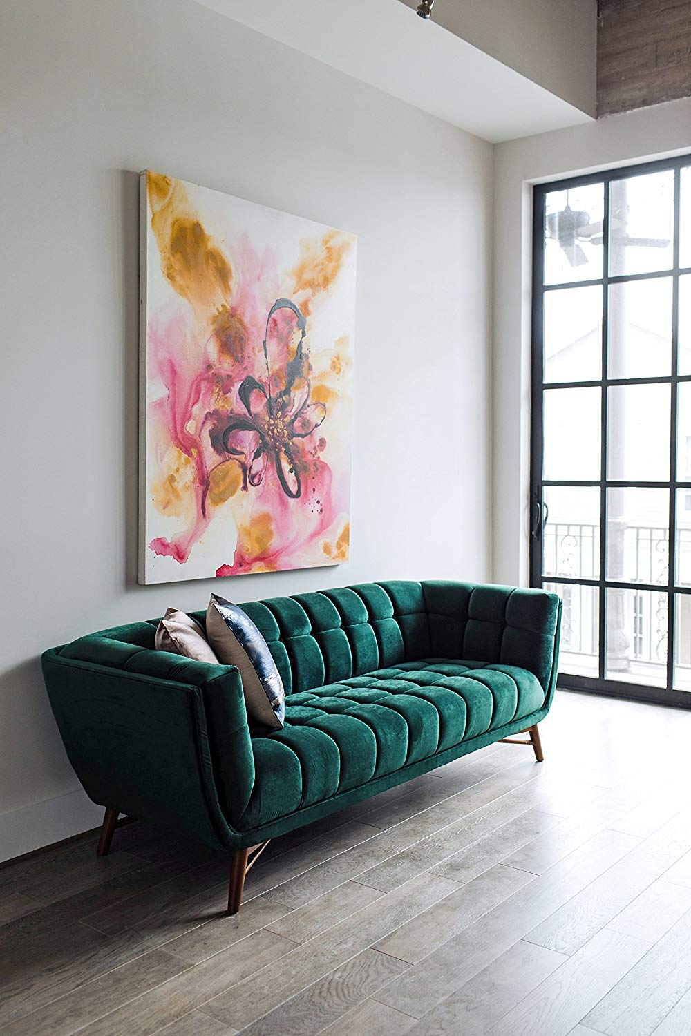 green-tufted-sofa-emerald-velvet-with-wood-legs
