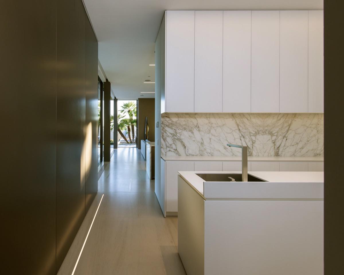 marble-kitchen