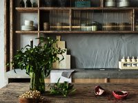 rustic-kitchen-shelves